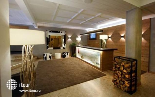 Interstar Alpin & Golfhotel -jausern 7