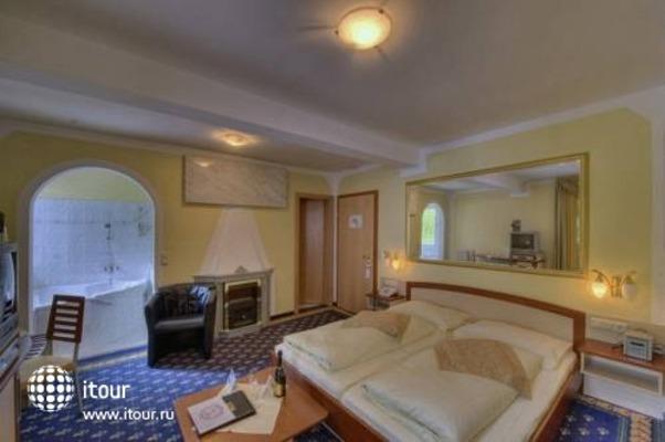 Interstar Alpin & Golfhotel -jausern 2