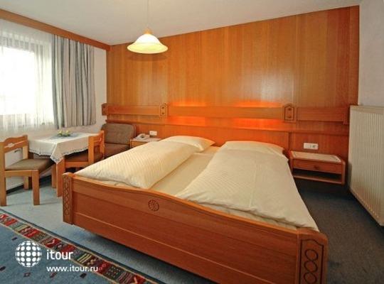 Garni Schattberg Hotel-pension 4