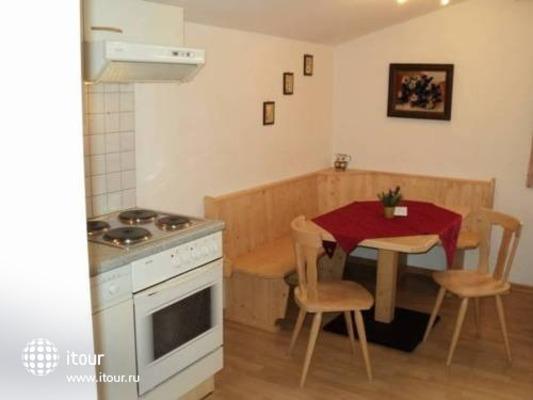 Apartmenthaus Gotthardt Waidmannsheil 4