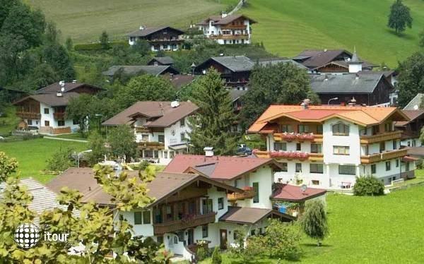 Walchenhof 10