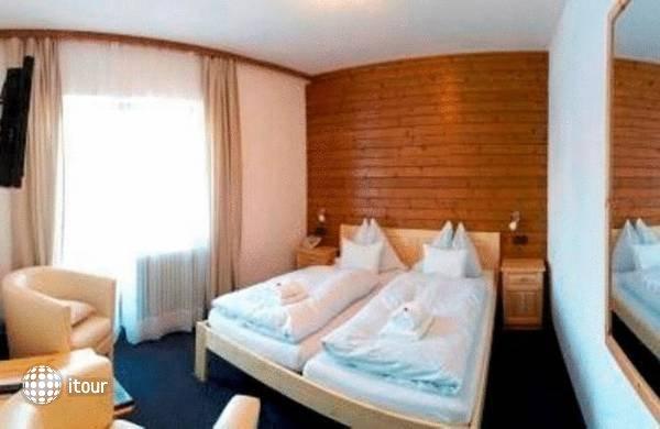 Hoch Tirol Hotel 2