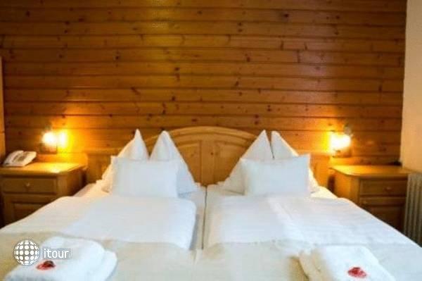 Hoch Tirol Hotel 3