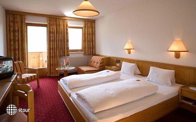 Hotel Alpenpanorama 9
