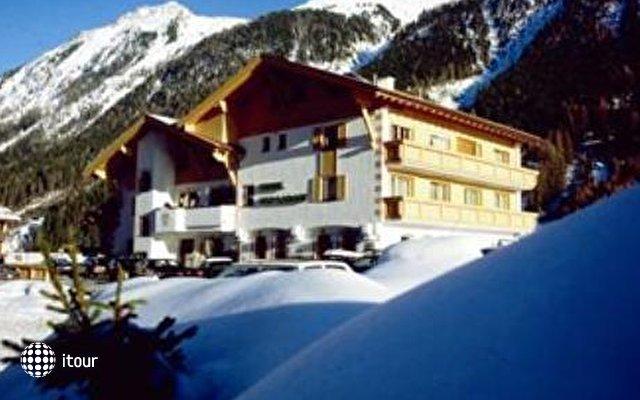 Alp Larain 1