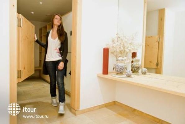 Handl Apartments 7