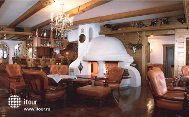 Jagdhaus-monzabon 2