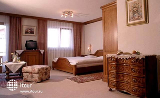 Jagdhaus-monzabon 3