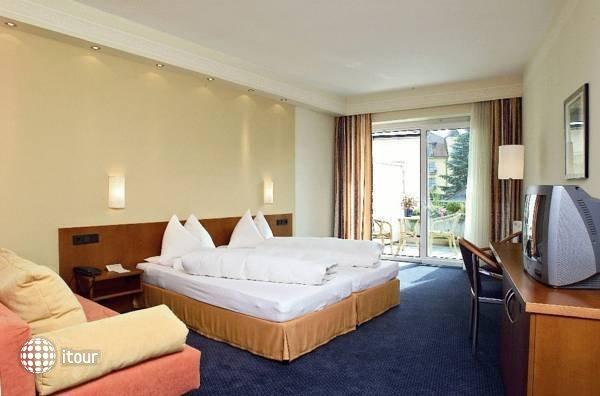 Post-wrann Hotel 2