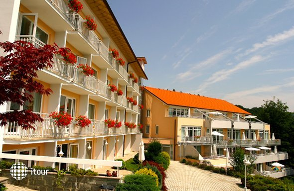 Ferienhotel Worthersee 3