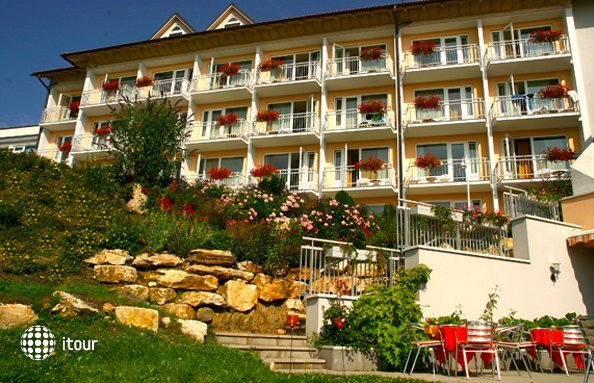 Ferienhotel Worthersee 4