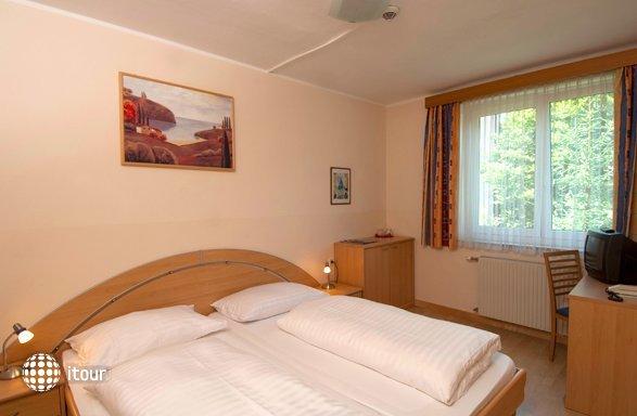 Ferienhotel Worthersee 7