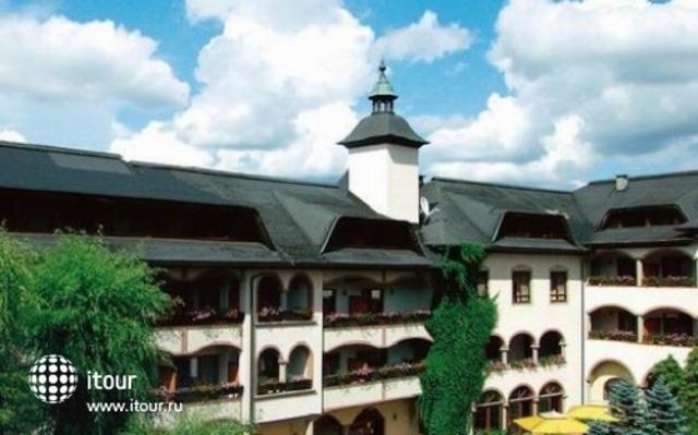 Familienpark-hotel Mittagskogel 1