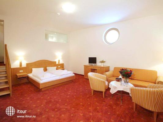 Ferienhotel Glocknerhof 3