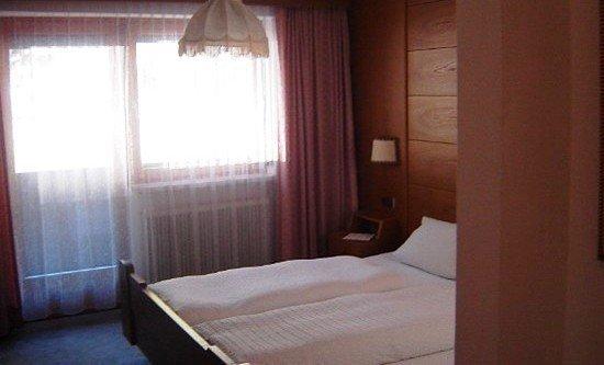 Wolf Haus Hotel 8