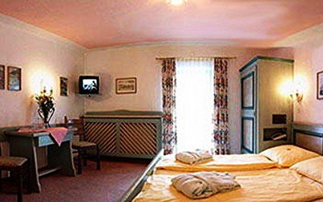 Wolf Haus Hotel 9