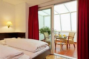 Central Hotel Innsbruck 9