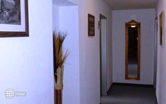 Binders Hotel 9