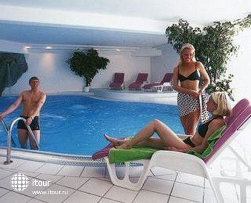 Alpen Comfort Hotel Central 5