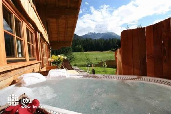 Laposch Chalet Resort 2