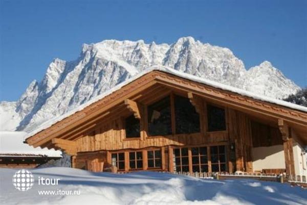 Laposch Chalet Resort 7