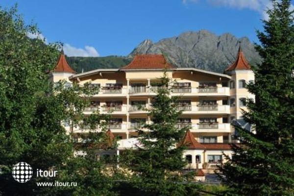 Traumhotel Alpina 4