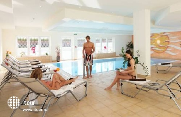 Hotel Steinplatte Spa & Wellness Resort 10