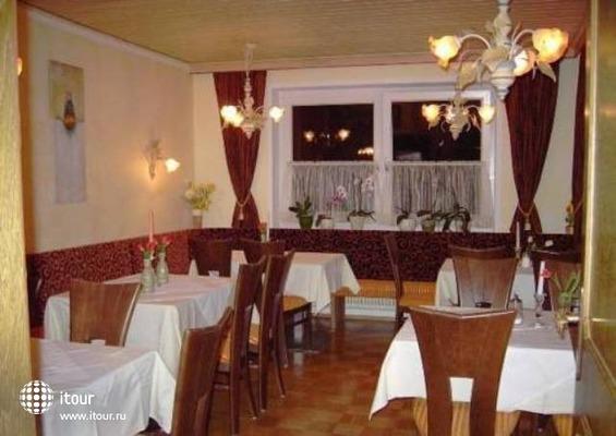 Bruckenhof Garni Hotel 4