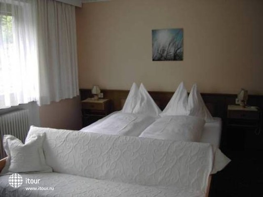 Bruckenhof Garni Hotel 2