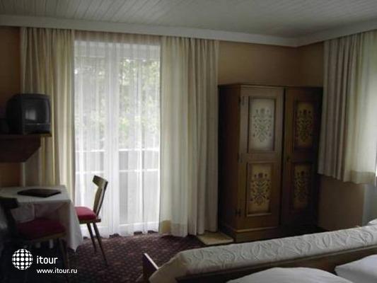 Bruckenhof Garni Hotel 10