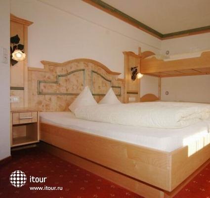 Ferienanlage Larchenhof 10
