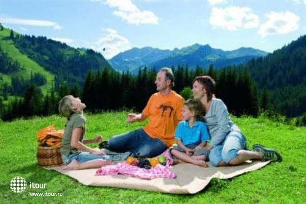 Familien & Kinderhotel Kaiserhof 4