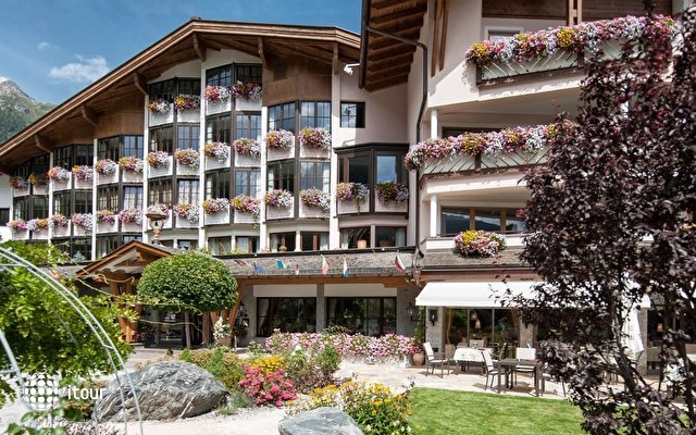 Das Central Alpin Luxury Life Hotel 9