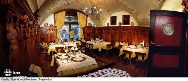 Hotel Alpendomizi Neuhaus 4