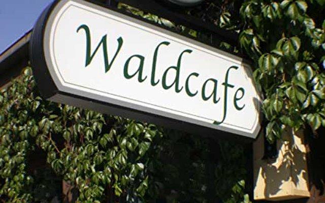 Waldcafe 4