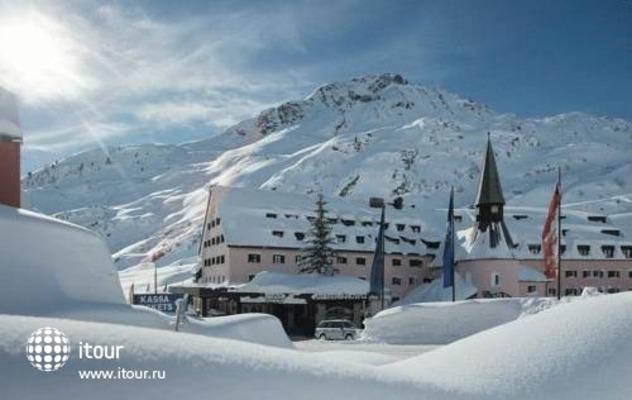 Arlberg Hospiz Hotel 1
