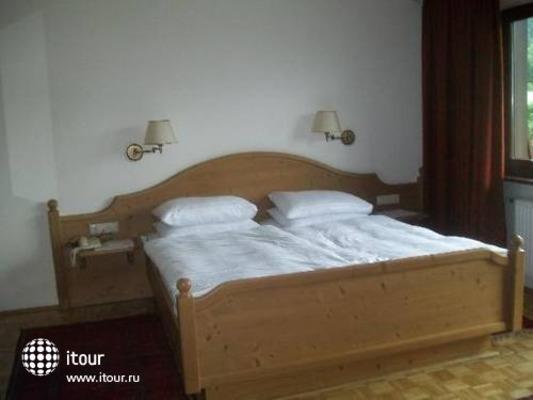 Jaegerwirt Hotel 3