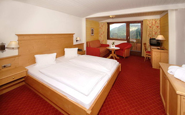 Alpine Resort Schwebebahn 4
