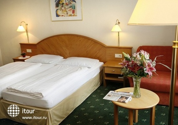 Tourhotel Mariahilf 8