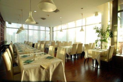 Airo Tower Hotel 8