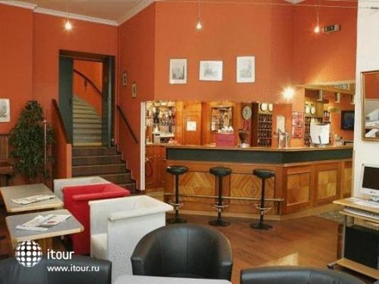 City Hotel Tabor 6
