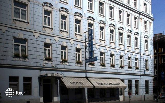 Hotel Donauwalzer 5