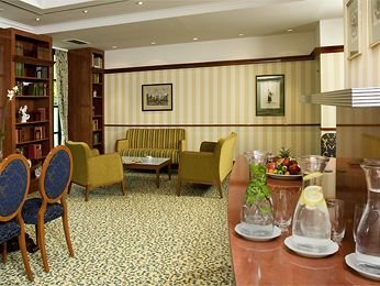 Mercure Grand Hotel Biedermeier 8