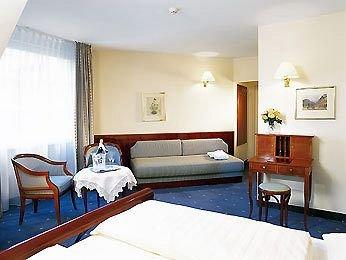 Mercure Grand Hotel Biedermeier 10