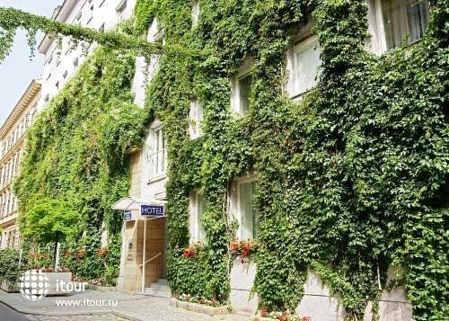Best Western Premier Hotel Harmonie Vienna 1