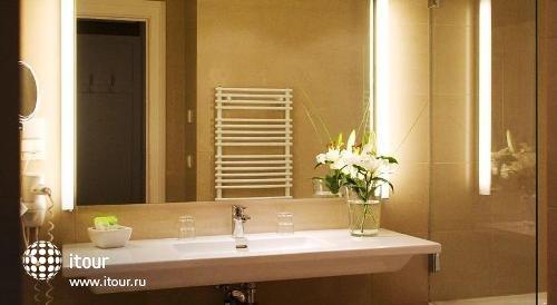 Best Western Premier Hotel Harmonie Vienna 9