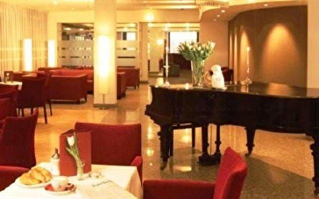 Austria Trend Hotel Favorita 10