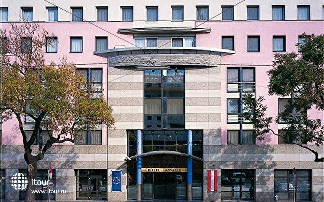 Austria Trend Hotel Lassalle 1