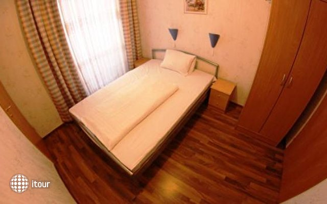 Hotel-pension Arpi 5