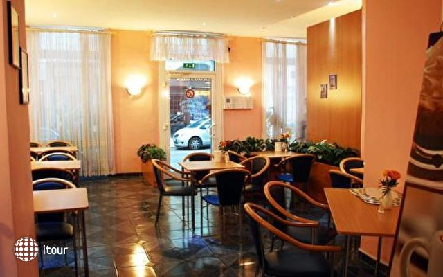 Hotel-pension Arpi 9